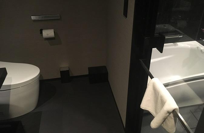 フロとトイレ